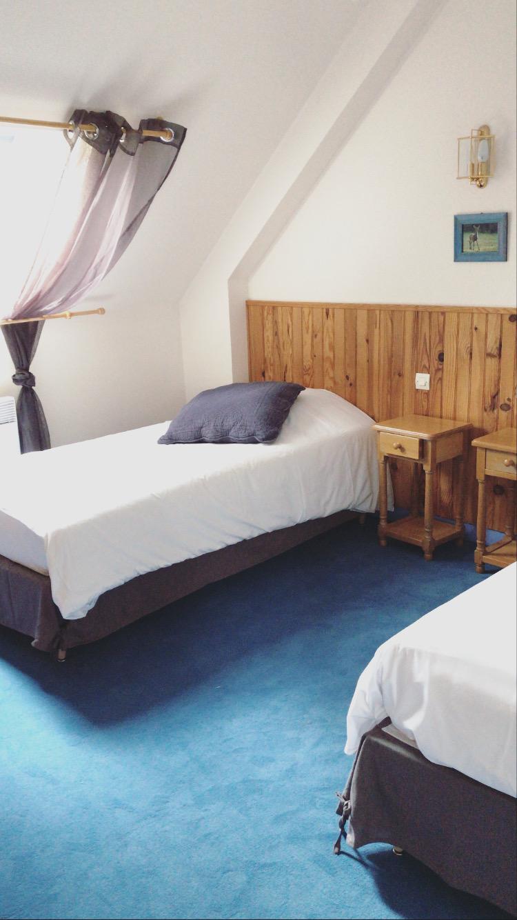 la maugerie chambres d'hôtes rosela maugerie chambres d'hôtes bleue